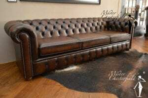 Chesterfield Leeds brown