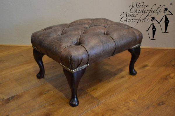 chesterfield_queen_annne_footstool