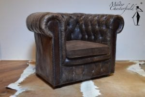 antique_chesterfield_chair