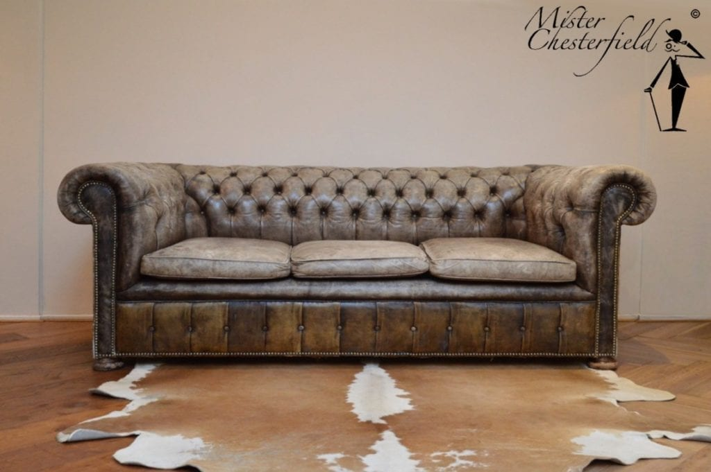 antique_chesterfield