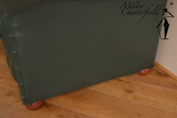 chesterfield_racing_green_detail_2