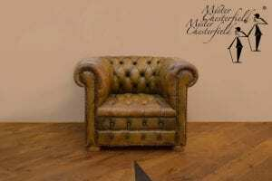 olijfgroene_oude_chesterfield_clubfauteuil