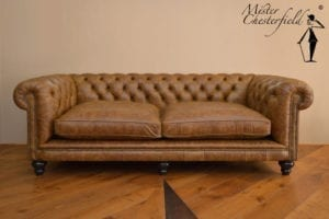 Vintage-cognac-edinburg-chesterfield-bank-