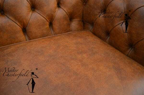 chesterfield_vintage_bank_cognac