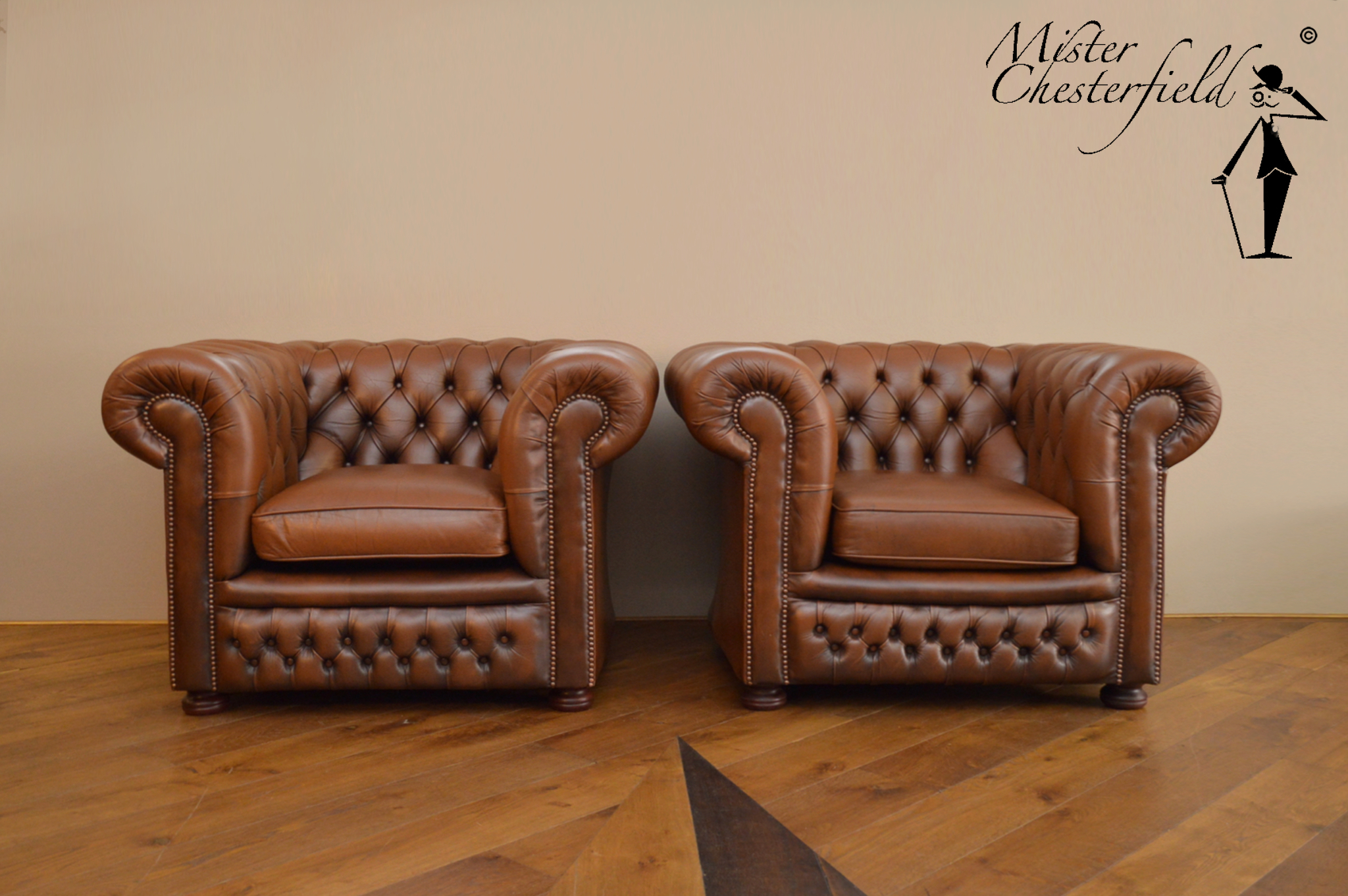 Chesterfield Stoel Tweedehands : Nr chesterfield chairs in light brown directly available