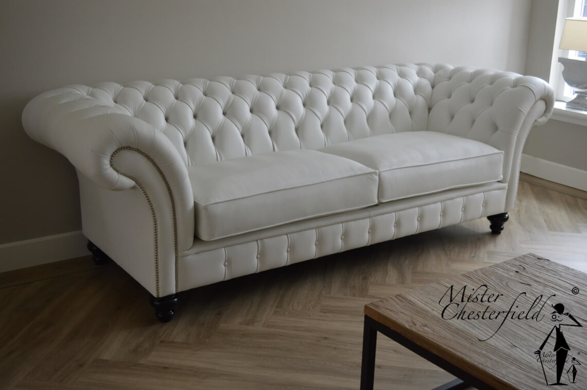 CHESTERFIELD-FURNITURE