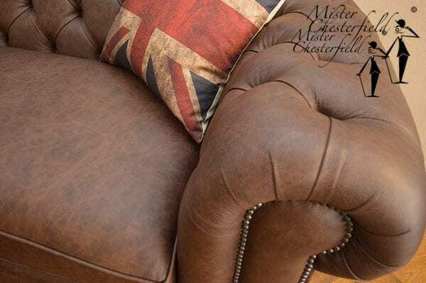 chesterfield_bruin_vintage_detail