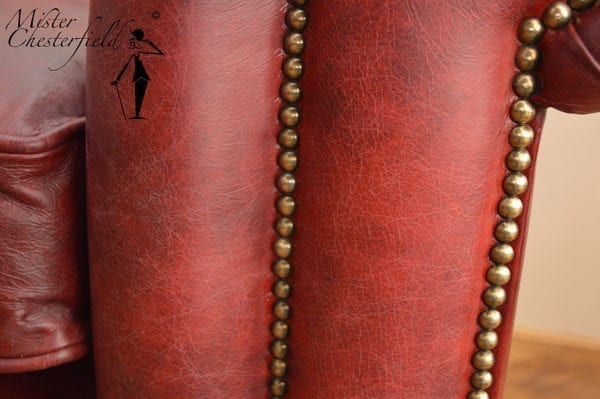 vintage_chesterfield_rood_detail