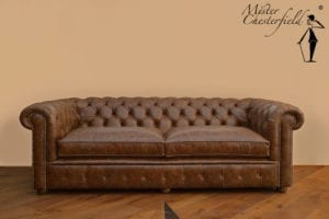 vintage_cognac_chesterfield_2