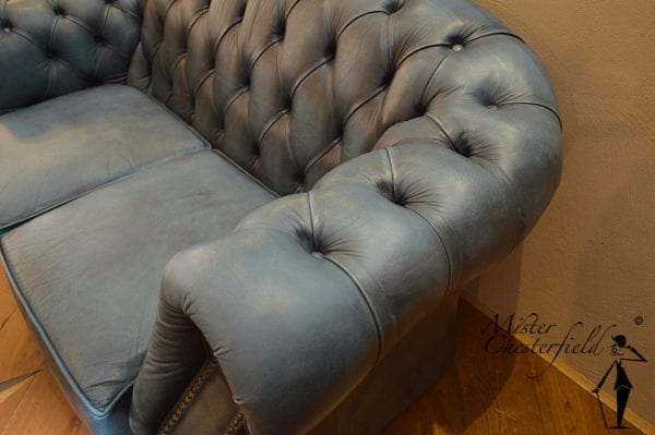 blauw_chesterfield_armleuning(1)