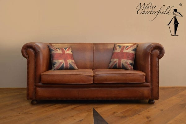 chesterfield-cambridge-used-furniture