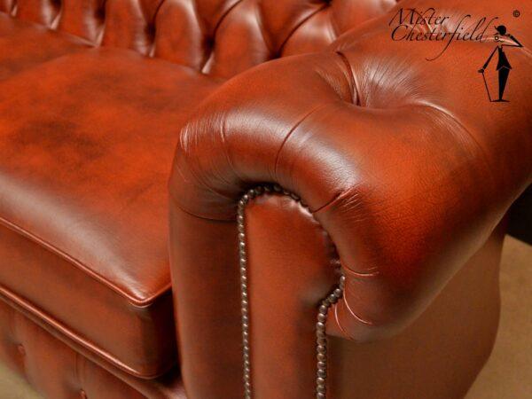 chesterfield-antique-rust-light-194cm-3-seater-arm-2