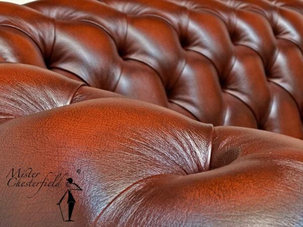 chesterfield-bank-light-rust-crest-jmt-colour