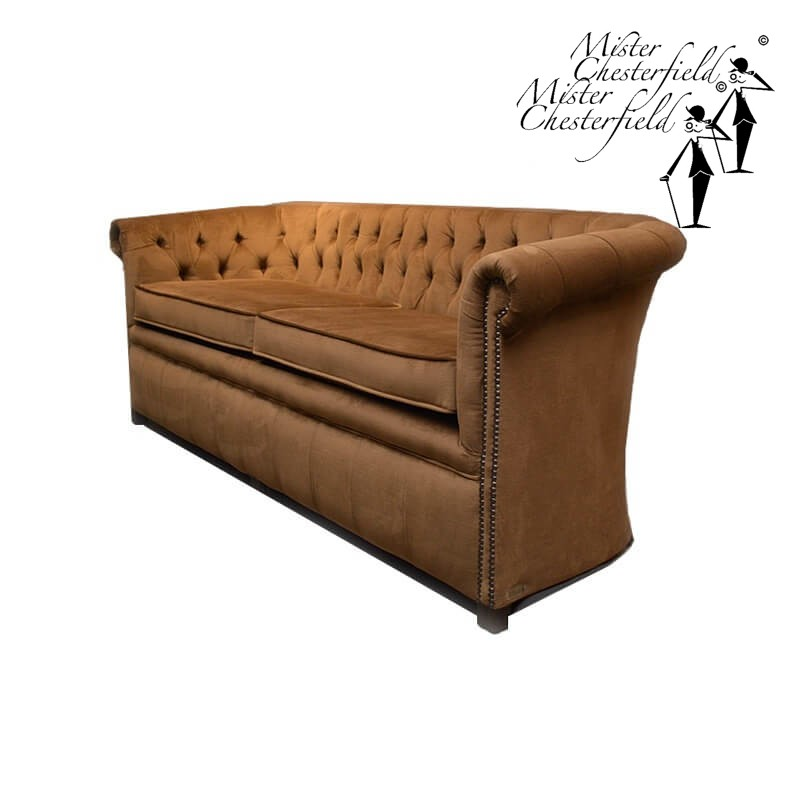 google-andrew-chesterfield-sofa-velours-beige-taupe