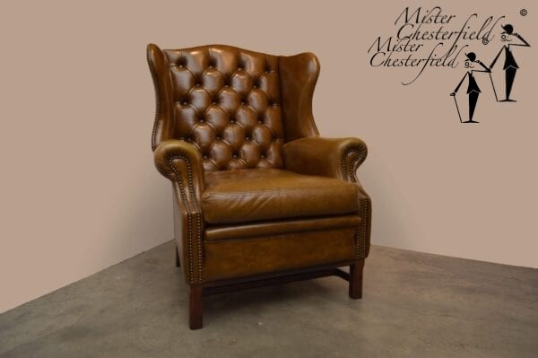 Vintage-mostert-chesterfield-wingchair