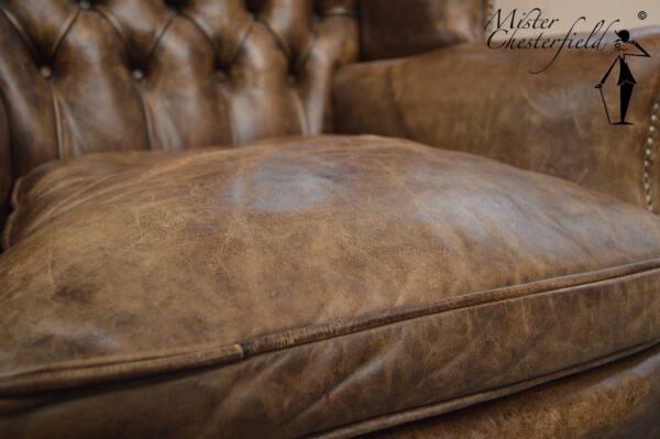 Vintage-original-chesterfield-wingchair-2
