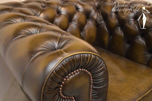 wade-chesterfield-bronskleur-olijfgroen-3