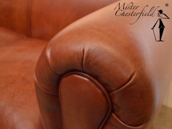 chesterfield-zonder-knopen-rust-cognac-detail-2